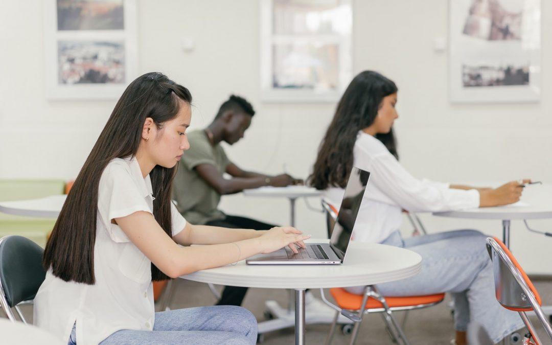 Étudier plus intelligemment : 5 conseils essentiels sur Google Classroom